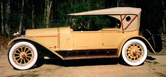 1917 Locomobile